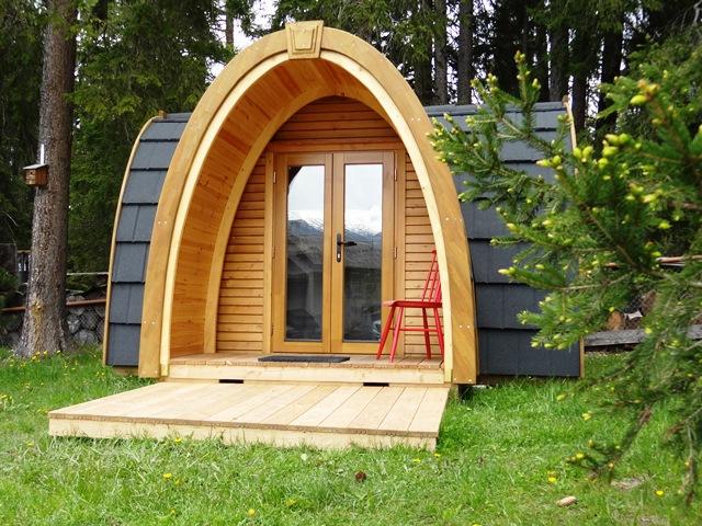podhouses camping innovation glamping cabin hut. Black Bedroom Furniture Sets. Home Design Ideas